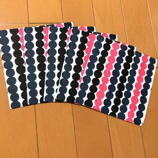 マリメッコ(marimekko)のペーパーナプキン   マリメッコ   L - ⑳    5枚(各種パーツ)