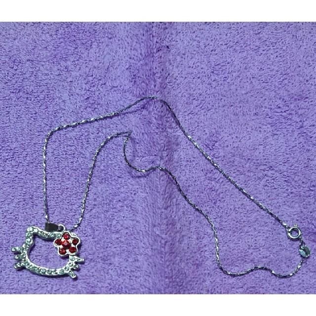 ハローキティ(ハローキティ)の【値下げ】ハローキティ ネックレス&リボン レディースのアクセサリー(ネックレス)の商品写真