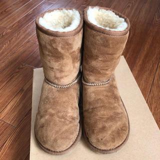 アグ(UGG)のUGG kids クラッシックムートンブーツ 18cm(ブーツ)