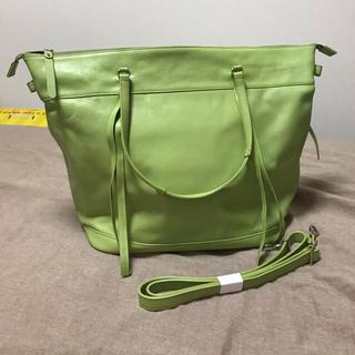 エメラルドグリーン バッグ 新品(トートバッグ)