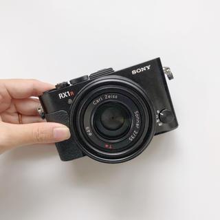 SONY - ソニー フルサイズ RX1R2 rx1rm2 コンパクトデジタルカメラ