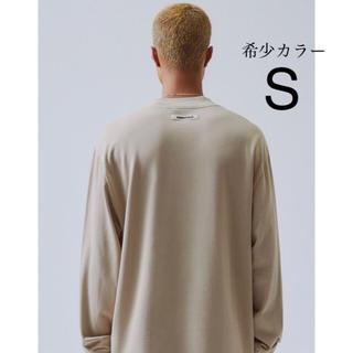 フィアオブゴッド(FEAR OF GOD)のSサイズ fog essentials Long Sleeve T-Shirt(Tシャツ/カットソー(七分/長袖))