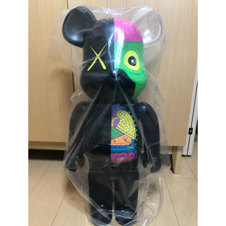 MEDICOM TOY - BE@RBRICK  KAWS 人体模型 1000% Original Fake