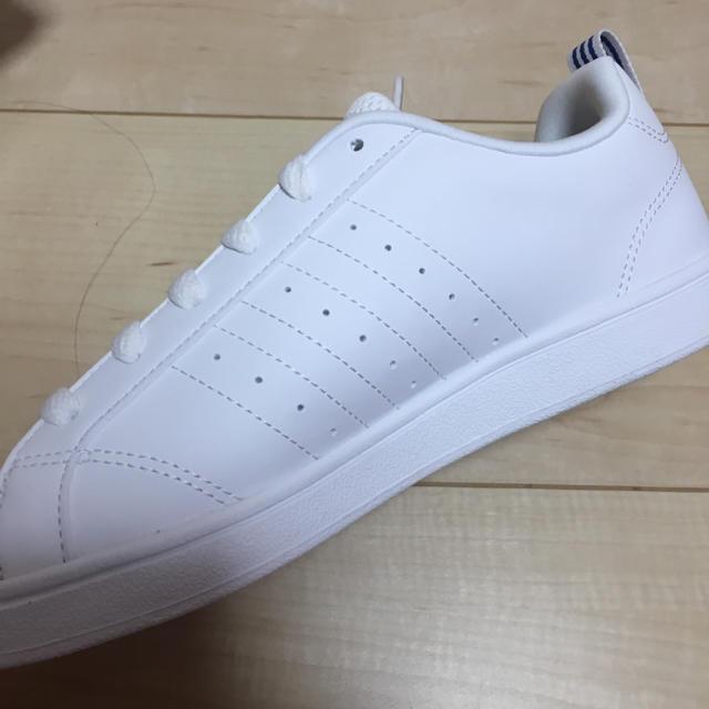 adidas(アディダス)の新品 アディダス 24.0cm スニーカー レディースの靴/シューズ(スニーカー)の商品写真