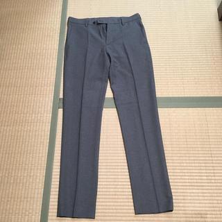 ユニクロ(UNIQLO)の感動パンツ 79-85 グレー(スラックス/スーツパンツ)