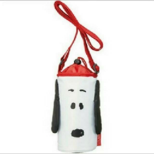 SNOOPY(スヌーピー)のスヌーピー 新品 ダイカット 保冷 ペットボトルカバー 500ml エンタメ/ホビーのおもちゃ/ぬいぐるみ(キャラクターグッズ)の商品写真