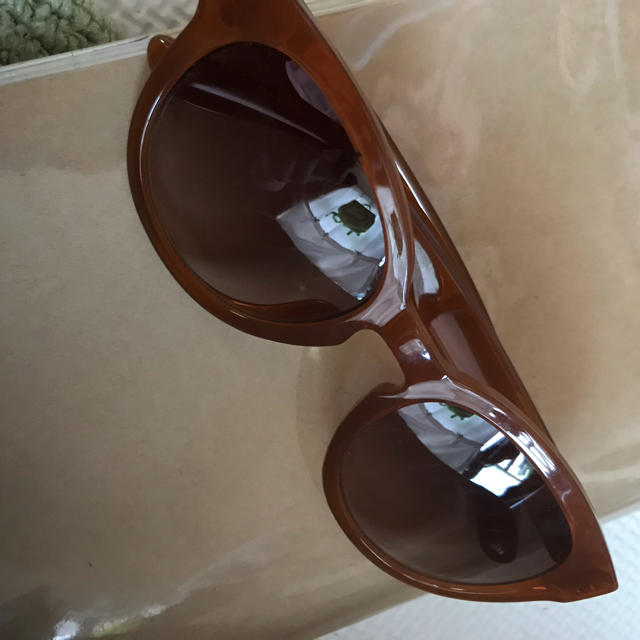 Zoff(ゾフ)の中古美品● Zoff ブラウン UVカット サングラス レディースのファッション小物(サングラス/メガネ)の商品写真