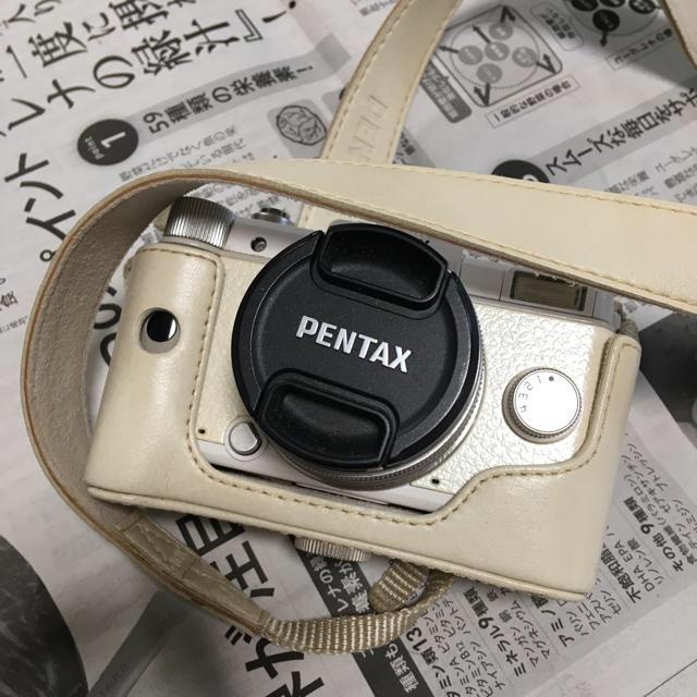 PENTAX(ペンタックス)のPENTAX Q ホワイト ミラーレス一眼 カメラ スマホ/家電/カメラのカメラ(ミラーレス一眼)の商品写真