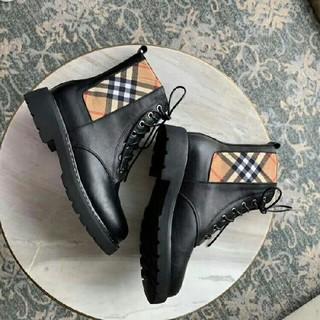 BURBERRY ブーツ 22.5cm-24.5cm
