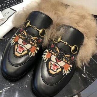 Gucci - GGサンダル