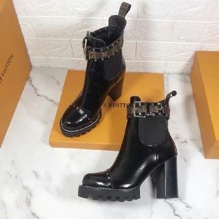 LOUIS VUITTON - LV  ブーツ  22.5-25cm