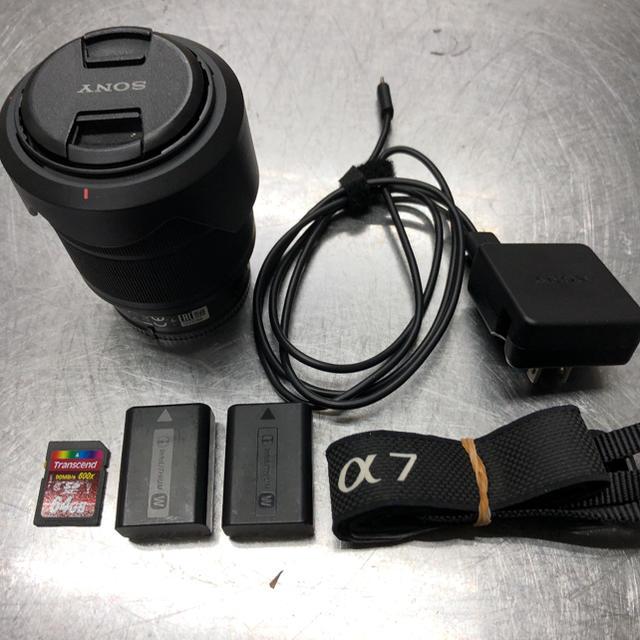 SONY(ソニー)のSONY α7 ボディ(ILCE-7) レンズその他オマケ付き スマホ/家電/カメラのカメラ(ミラーレス一眼)の商品写真