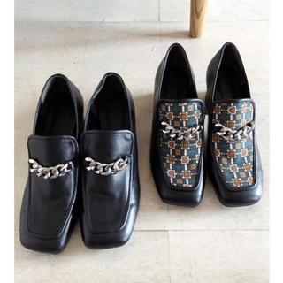 ムルーア(MURUA)のMURUA チェーンローファー 今季 2019aw(ローファー/革靴)