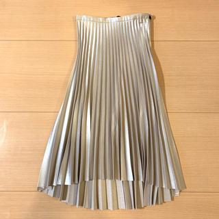 ザラ(ZARA)のプリーツスカート(ひざ丈スカート)