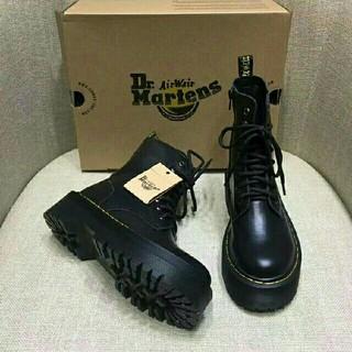 Dr.Martens - UK3ドクターマーチン Dr.Martens 新品 厚底ブーツ 革靴 正規品