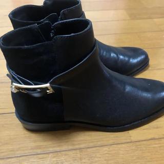 ザラ(ZARA)の新品未使用ZARAショートブーツ黒 36(ブーツ)