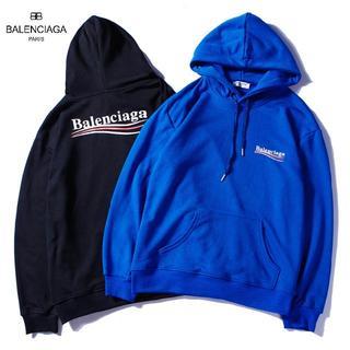Balenciaga - 男女兼用バレンシアガパーカー 二枚10000円送料込み
