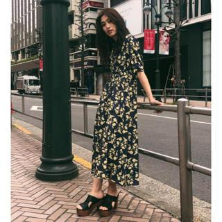 マウジー(moussy)のmoussy RUSTIC FLOWER ドレス(ロングワンピース/マキシワンピース)