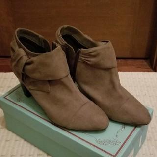 ヴェリココ(velikoko)のヴェリココ ショートスエード ブーツ 24.0 美品(ブーツ)