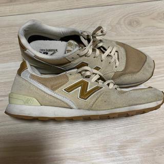 ニューバランス(New Balance)のニューバランス 996 25.0  ベージュゴールド(スニーカー)