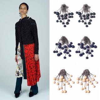 TOGA - TOGA イヤリング beads earrings