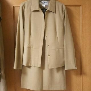 ナチュラルビューティーベーシック(NATURAL BEAUTY BASIC)のスーツ  (スーツ)