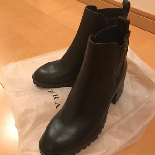 ZARA - 新品☆未試着☆ZARA  サイドゴアブーツ ショートブーツ  ブラック