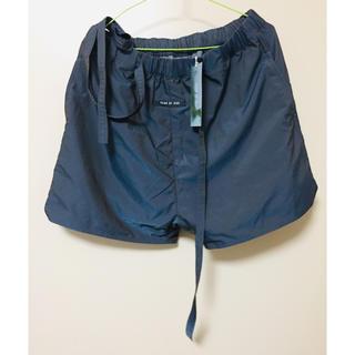 フィアオブゴッド(FEAR OF GOD)のFOG Essentials Sweat Shorts ショートパンツ(ショートパンツ)