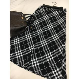 BURBERRY - 美品 バーバリー ロンドン スカート チェック ミモレ ブラック 黒