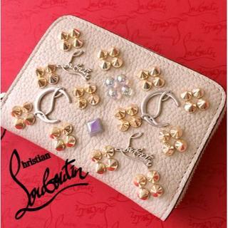 クリスチャンルブタン(Christian Louboutin)の新色♪ Christian Louboutin コインケース バレリーナ(財布)