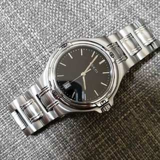Gucci - GUCCI グッチ 男女兼用 メンズ レディース 腕時計 YA090304