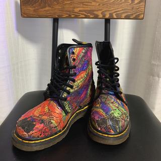 ドクターマーチン(Dr.Martens)のドクターマーチン 8ホール 刺繍 マルチカラー マーブル イングランド製(ブーツ)