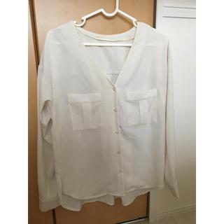 GU - GUの透け感シャツ