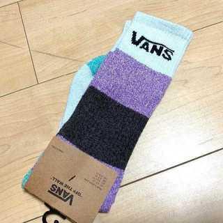 ヴァンズ(VANS)のvans ソックス VANS CREW SOCK 靴下(ソックス)