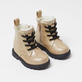 エイチアンドエム(H&M)のウォームラインドブーツ(ブーツ)