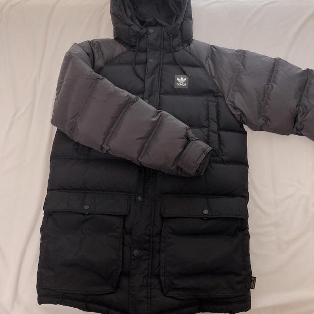 adidas(アディダス)のadidas ダウンジャケット レディースのジャケット/アウター(ダウンジャケット)の商品写真