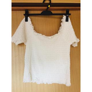 ジーユー(GU)のオフショルTシャツ(Tシャツ(半袖/袖なし))