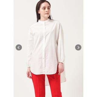 yori 白シャツ