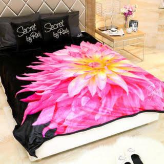 レディー(Rady)のradyフラワー毛布(毛布)