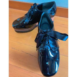 グレイル(GRL)の厚底エナメルシューズ(ローファー/革靴)