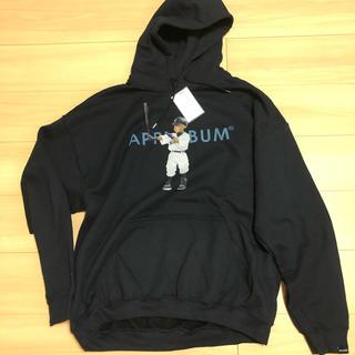 APPLEBUM - applebum x livingfornexx No'51 BOY パーカー