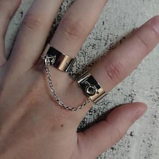 2連 リング 指輪 フリーサイズ ノーブランド(リング(指輪))