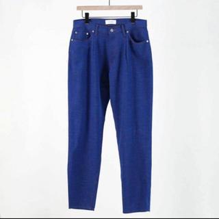コモリ(COMOLI)のwellder 19ss one tuck tapered trousers(スラックス)