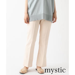 mystic - 今期購入!【mystic】センタープレスセミフレアパンツ/アイボリー