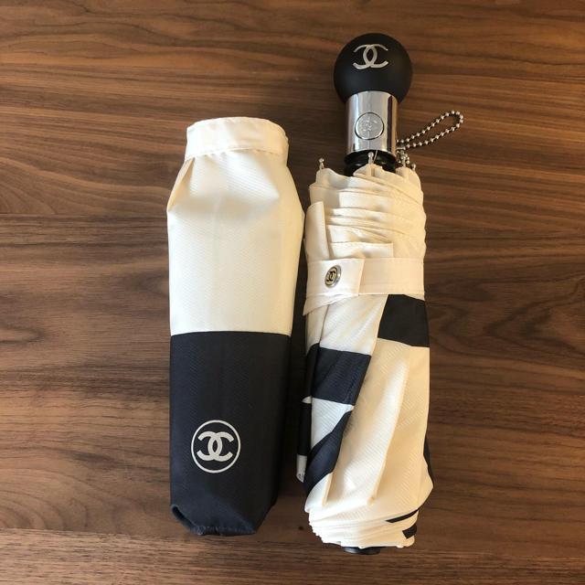 CHANEL(シャネル)のCHANEL傘 折り畳み傘 レディースのファッション小物(傘)の商品写真