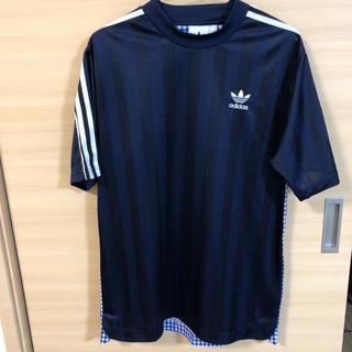 アディダス(adidas)のadidasメンズTシャツ(Tシャツ/カットソー(半袖/袖なし))