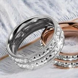 SWAROVSKI - ✨定価5980円✨★SWAROVSKI★ 2連 ホワイトゴールド 指輪