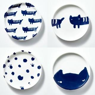 ツモリチサト(TSUMORI CHISATO)の未開封 在3点 送込み ツモリチサト ネコ柄 豆皿 4枚 雑誌 付録 激レア(食器)