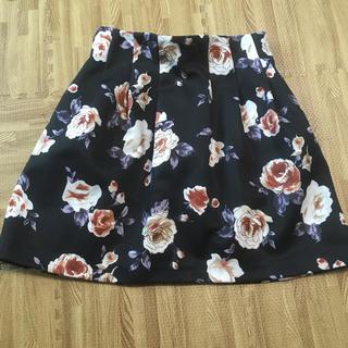 ダズリン(dazzlin)のdazzlin 花柄スカート(ひざ丈スカート)