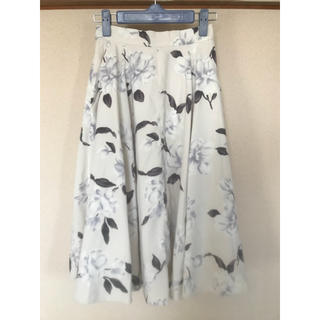 snidel - 白花柄フレアスカート